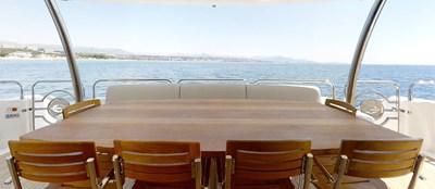 Sunseeker 30 Metre Yacht - Outdoor Dining