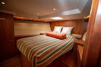 2003 100' Hatteras Motor Yacht VIP