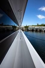 2003 100' Hatteras Motor Yacht walk around decks