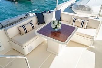 Flybridge Table