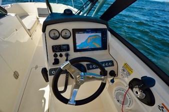 Boston Whaler 230 Vantage 17 17