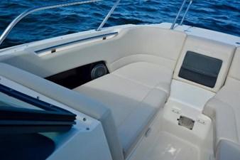 Boston Whaler 230 Vantage 24 24