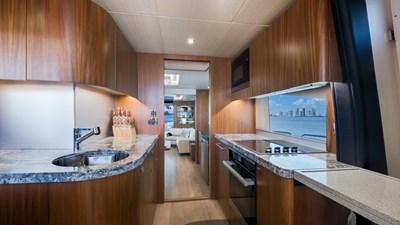 Docqua 26 27_2018 86ft Sunseeker Yacht DOCQUA