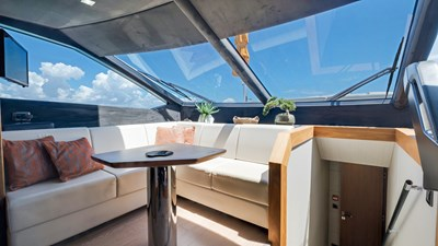 Docqua 28 29_2018 86ft Sunseeker Yacht DOCQUA