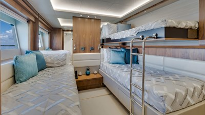 Docqua 39 40_2018 86ft Sunseeker Yacht DOCQUA