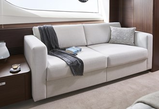 y85-interior-owners-stateroom-sofa-walnut-satin