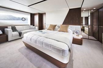 y85-interior-owners-stateroom-walnut-satin