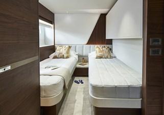 y85-interior-starboard-guest-cabin-walnut-satin