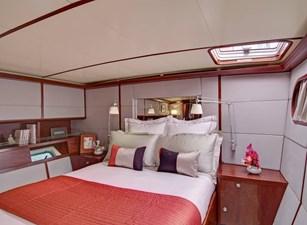 AZIZAM 16 Azizam VIP cabin