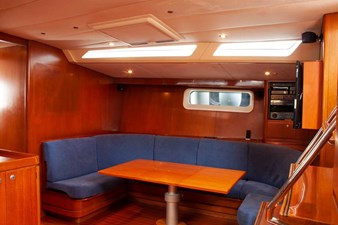 Fifty Fifty yacht dining table