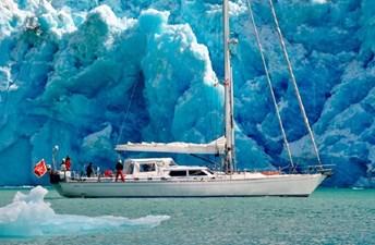 Plum Solaris Yachts
