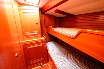 Plum double cabin