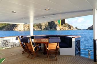 my-indigo-cbinavi-yachts-aft-deck