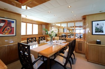 my-indigo-cbinavi-yachts-dining