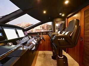Eximius 7 Eximius 2011 SUNSEEKER 88 Flybridge Motor Yacht Yacht MLS #262532 7