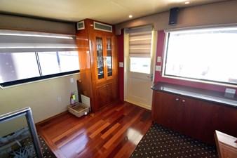 Papillon 6 Papillon 1985 HATTERAS 82 Cockpit Motor Yacht Motor Yacht Yacht MLS #262569 6