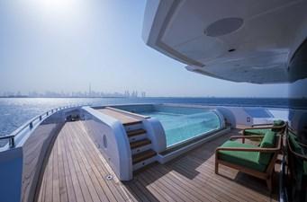 MAJESTY 175 25 Infinity Pool - Forward Deck