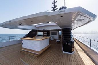 MAJESTY 175 29 Skylounge - Aft Deck