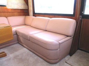 Salon couch / settee