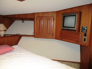Fore Cabin, starboard side
