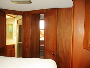 Fore Cabin, aft