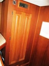 Guest Cabin handing locker