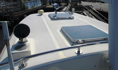 Pilothouse deck detail
