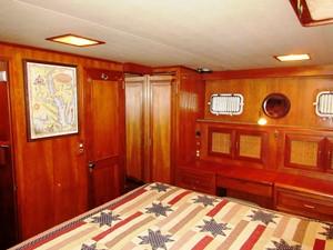 Aft Cabin, starboard forward