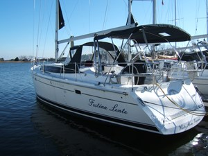 Beautiful 2013 Marlow-Huntert 40 Feet  Festina Lente