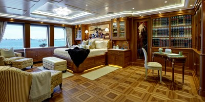 SEA OWL  35 Owners Stateroom01