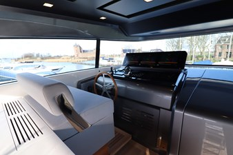 Sanlorenzo-SX76-partial-ownership-for-sale-Lengers-Yachts-7