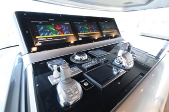 Sanlorenzo-SX76-partial-ownership-for-sale-Lengers-Yachts-8
