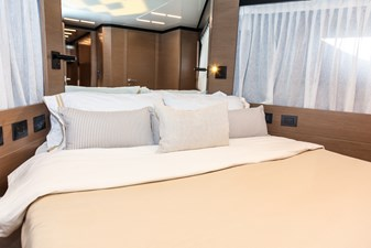 FOREVER YOUNG  47 VIP Stateroom