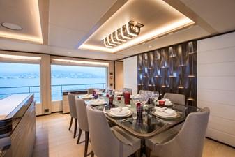 MAJESTY 100 4 Formal Dining