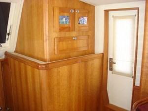 207 Salon Stbd Door