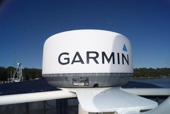 318 Garmin GMR18HD