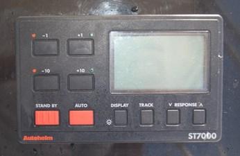 304 AutoHelm ST7000