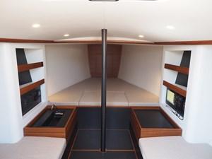 Essence 33 11 Essence Interior