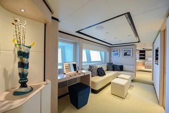 MAJESTY 120-3 17 Lower Deck Foyer