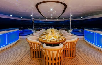 MY SEANNA 186 Delta Marine Custom - 29 2 Deck Outside Dining