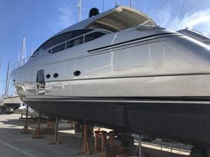 Pershing-64-Lengers-Yachts-3
