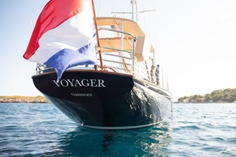 voyager-10