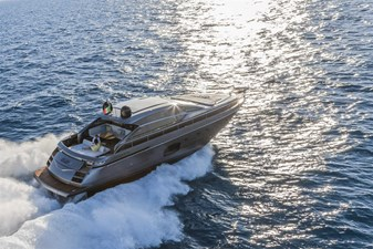 Pershing62Cruising_0004_12598