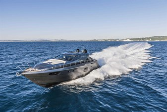 Pershing62Cruising_0014_12608