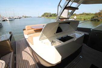 Riva-56-Sportriva-exterior-Lengers-Yachts-9