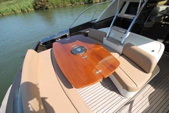 Riva-56-Sportriva-exterior-Lengers-Yachts-14