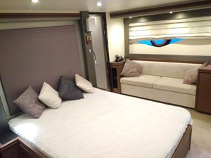 12 Double cabin-Marquis 630