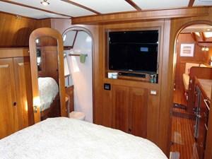 Owner's Cabin, Forward
