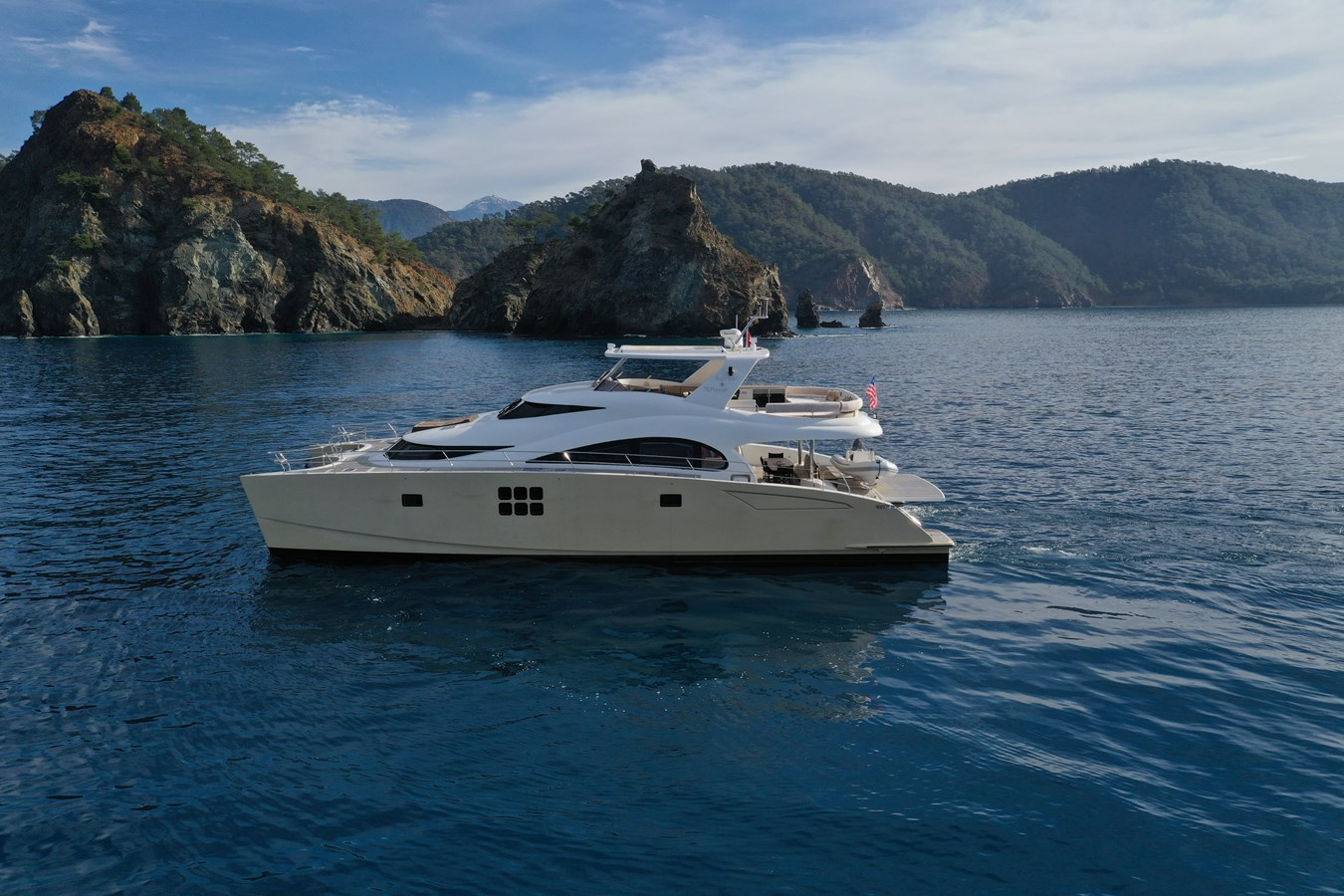 Sunreef 70 Power Yacht For Sale Exterior 6