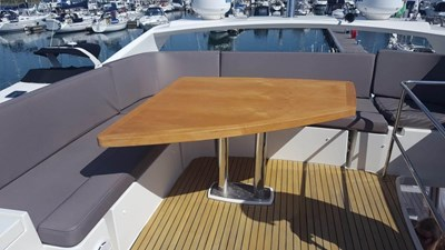 Prestige-500-for-sale-Lengers-Yachts-2